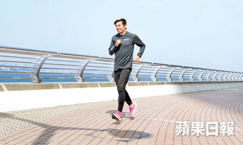 戰勝世界六大馬拉松 大滿貫氣袋誓跑贏肺癌 金毛鴻楊錦鴻